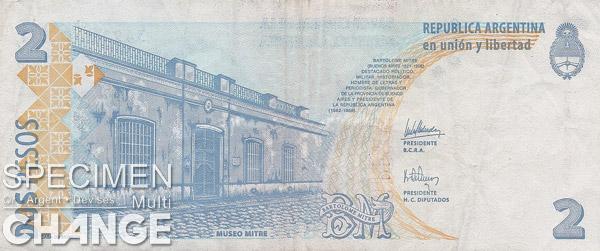 2 pesos argentins (ARS)